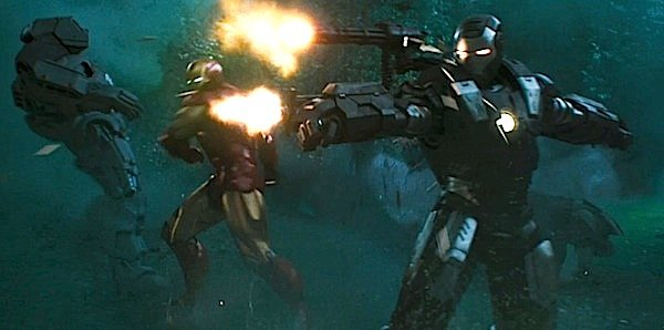 Iron Man and War Machine in 'Iron Man 2'