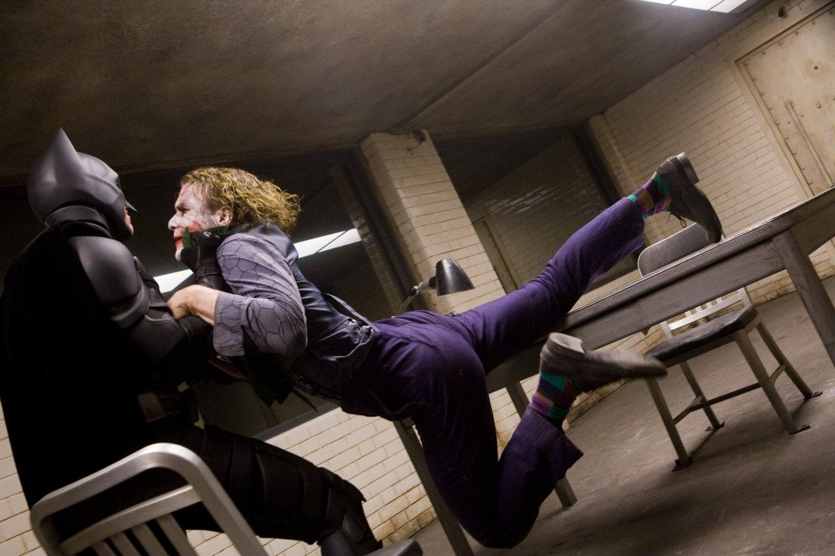 The 6 Best Scenes from 'The Dark Knight'