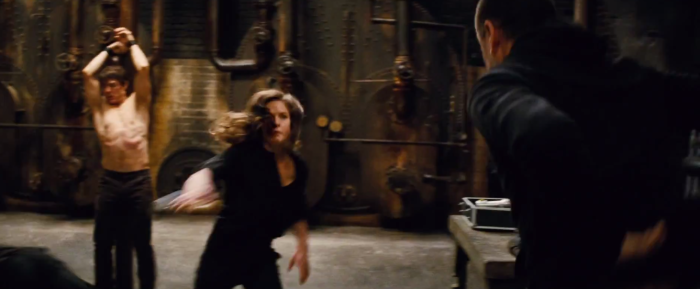 Tom Cruise Ethan Hunt fights with woman Mission: Impossible - Rogue Nation