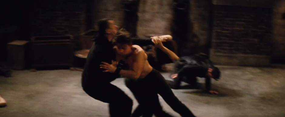 Tom Cruise Ethan Hunt Attack Mission: Impossible - Rogue Nation