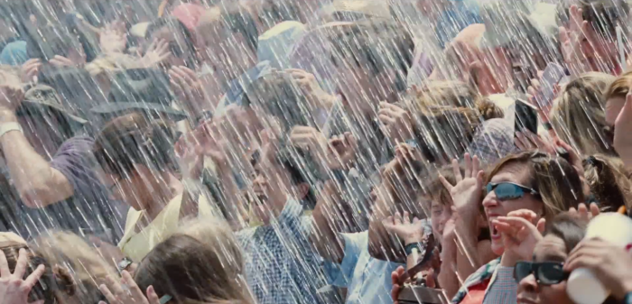 Jurassic World TV Spot Wet Crowd Splash