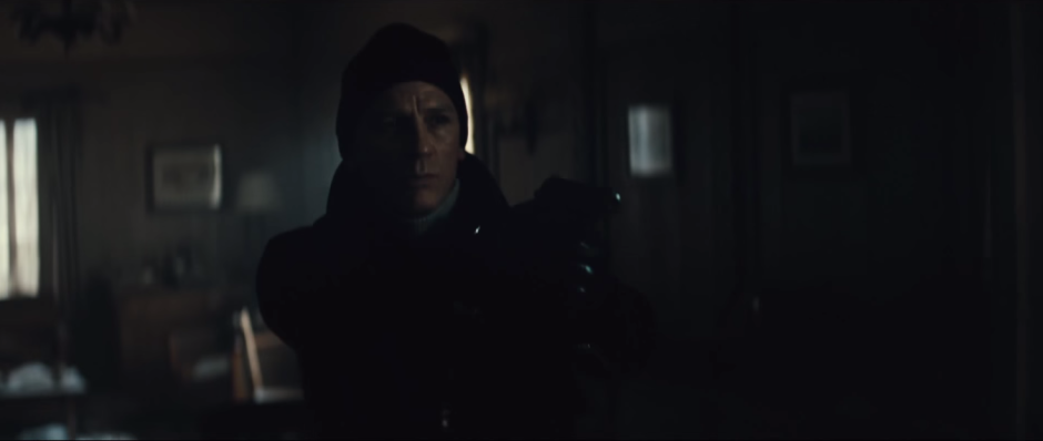 007 SPECTRE Trailer Bond in Mr. White's Cabin