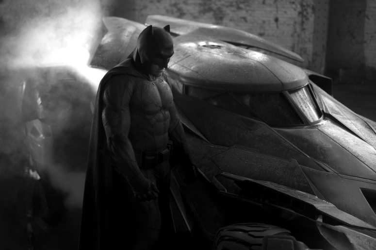 Batman Vs Superman: Justice Begins Batman and Batmobile Ben Affleck