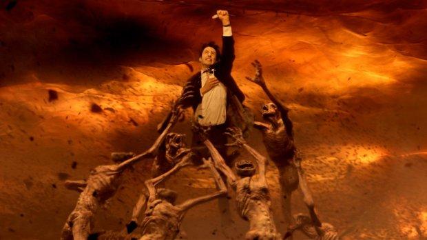Constantine Movie 2005 Keanu Reeves