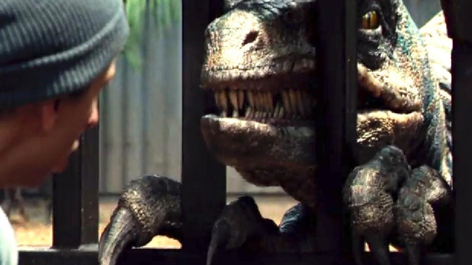 Velociraptor Jurassic World Review