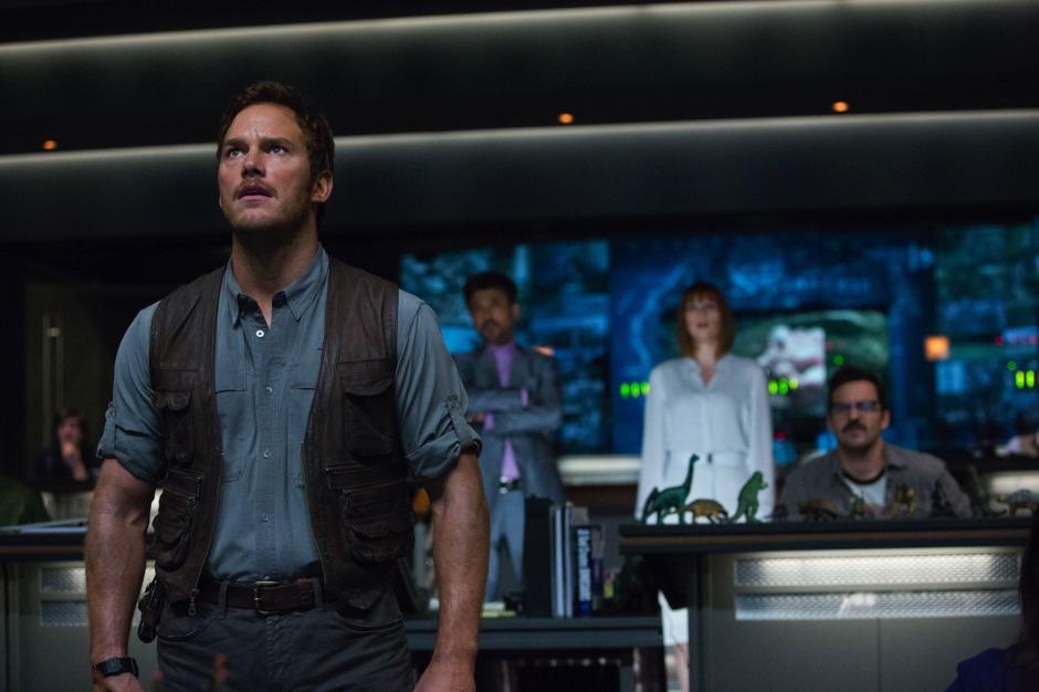 Owen Claire Masrani Control Room Jurassic World