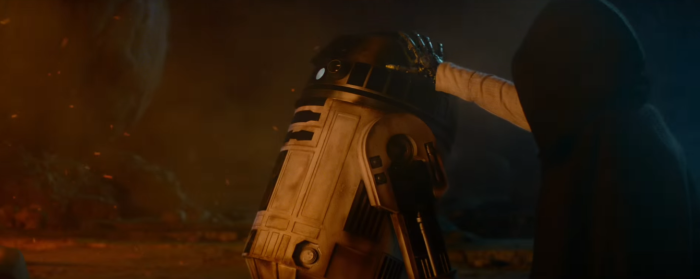 Star Wars The Force Awakens Final Trailer #3 R2-D2 and Luke Skywalker Metal Hand