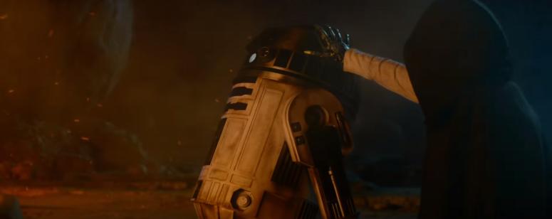 Star Wars The Force Awakens Final Trailer #3 R2-D2 and Luke Skywalker Metal Hand