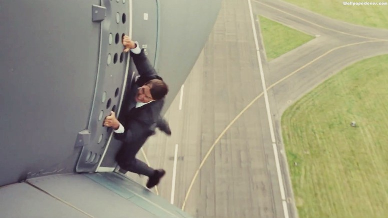 tom cruise ethan hunt A400 Airplane stunt mission impossible rogue nation