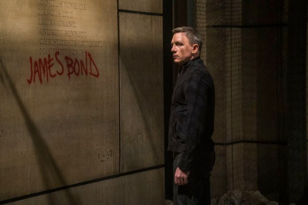 SPECTRE James Bond Daniel Craig Memorial Wall