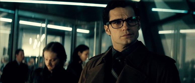Batman V Superman Dawn of Justice Clark Kent Henry Cavill
