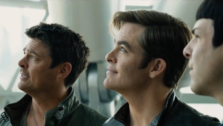 Star Trek Beyond Bones Kirk Spock Chris Pine Karl Urban Zachary Quuinto