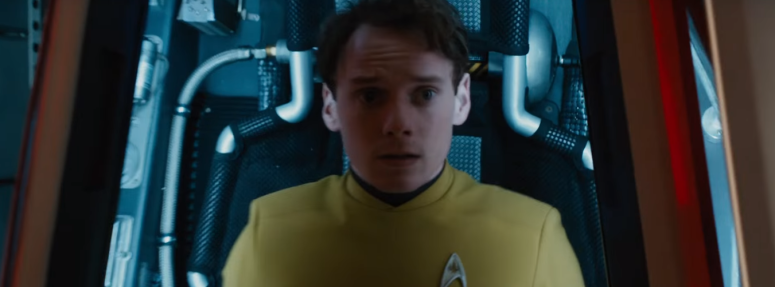 Star Trek Beyond Trailer 2 Chekov Anton Yelchin in Escape Pod