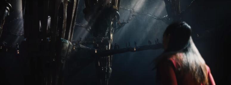 Star Trek Beyond Trailer 2 Uhura Zoe Saldana in Alien City