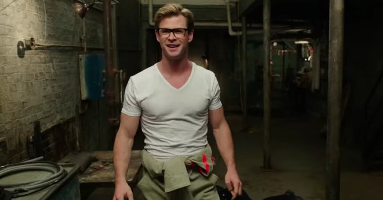 Ghostbusters 2016 Review Chris Hemsworth Kevin