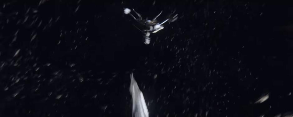 Star Trek Beyond Final Trailer 17 Krall's Ship Breaks