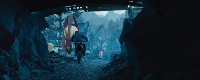 Star Trek Beyond Final Trailer 9 Chris Pine Captain Kirk Motorcycle