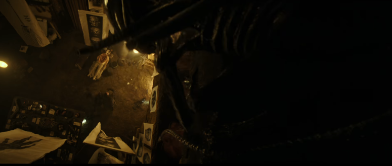 alien-covenant-trailer-2-07-xenomorph-perches