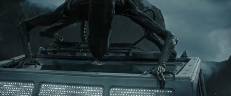 alien-covenant-trailer-2-17-xenomorph-on-roof